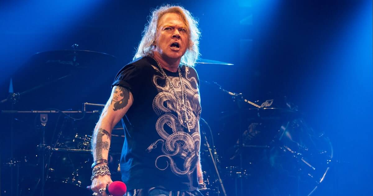 Guns N' Roses Not in This Lifetime Tour Guide