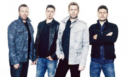Feed the Machine Tour Setlist; Nickelback, Daughtry, Cheap Trick