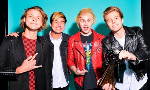 5 Seconds of Summer 5SOS3 Tour Guide (Want You Back)